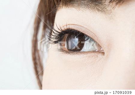 瞳 きれいの写真素材 Pixta