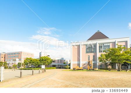 新潟医療福祉大学の写真素材 - P...