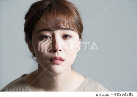 物悲しい 顔の写真素材 - PIXTA